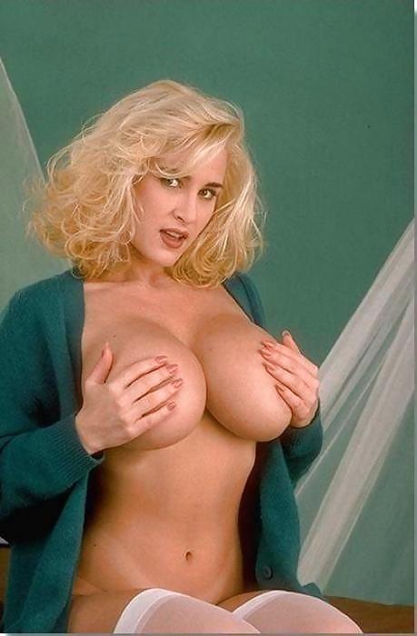 эмили порнозвезда фото