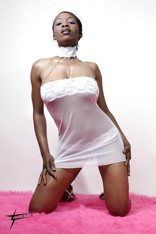 список чернокожие порно модели
