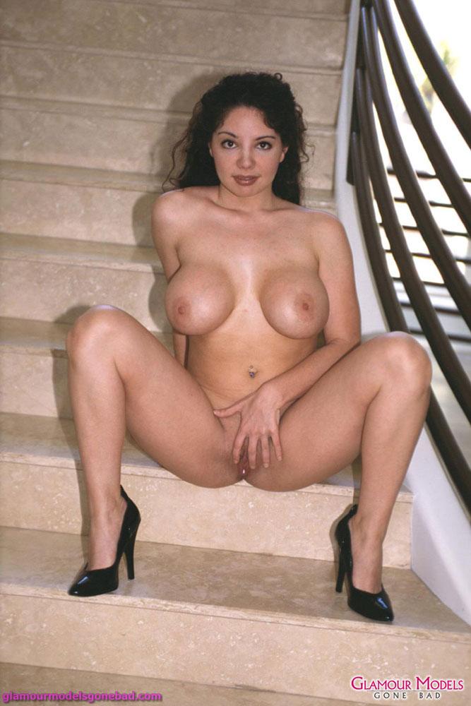 Порно кики дайре фото 99-318