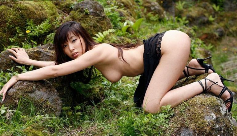 Порно Азия На Природе